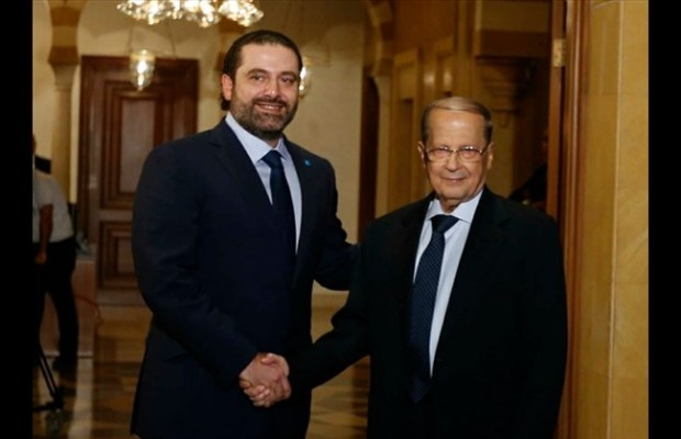 prime-minister-saad-hariri-shakes-hands-with-mp-michel-aoun-at-his-downtown-beirut-residence-thursday-oct-20-2016-the-daily-star-mohamad-azakir